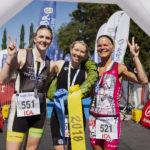 Vansbro Triathlon. Topp tre damer olympisk distans. 1. Ulrika Etnell, 2. Susanna Rehn, 3. Cecilia Gyllander. Fotograf: Mickan Palmqvist